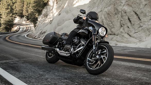 2018-Harley-Davidson-Sport-Glide-3