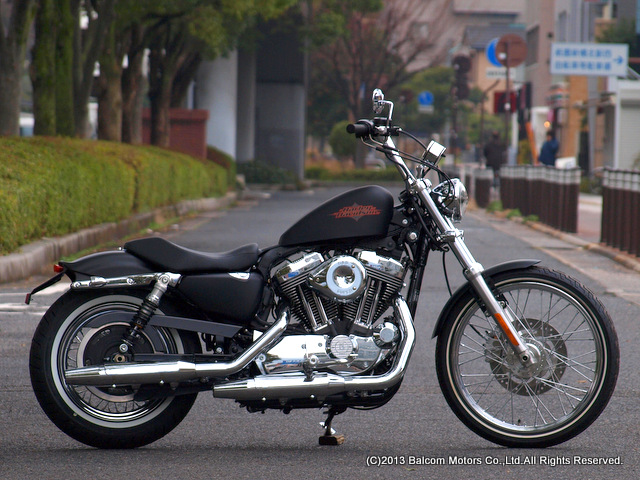 XL1200V Sportster Seventy-Two カスタム